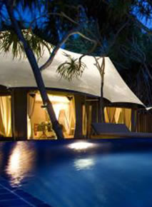 Banyan Tree Maldives Madivaru - Pool Outside the Villa