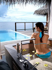 Coco Palm Bodu Hithi - Escape Water Residence