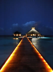 Huvafenfushi Maldives - Salt & Raw Restaurant